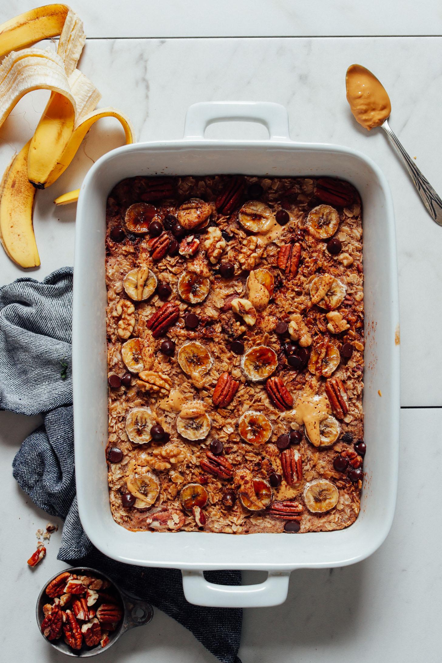bowl-chocolate-chip-banana-baked-oatmeal
