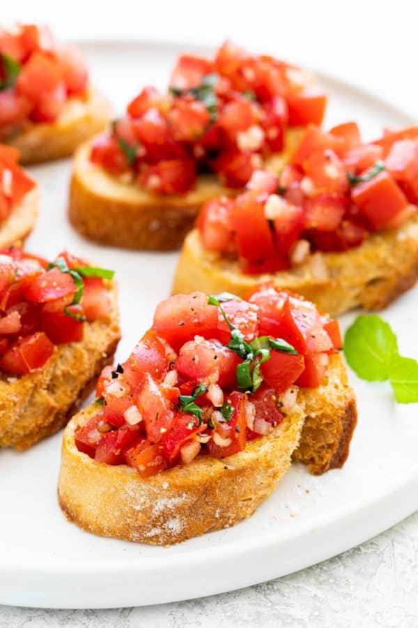 bruschetta-with-tomato-and-basil