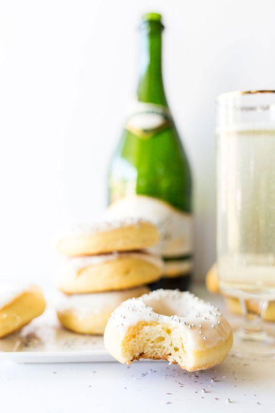 champagne-doughnuts