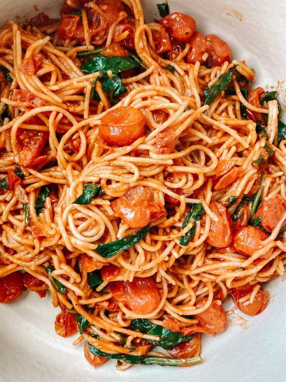 easy-roasted-tomato-and-garlic-spaghetti