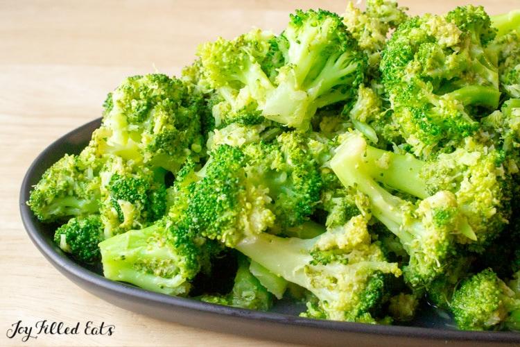 lemon-and-garlic-broccoli