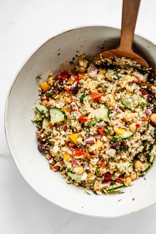 mediterranean-quinoa-salad-2