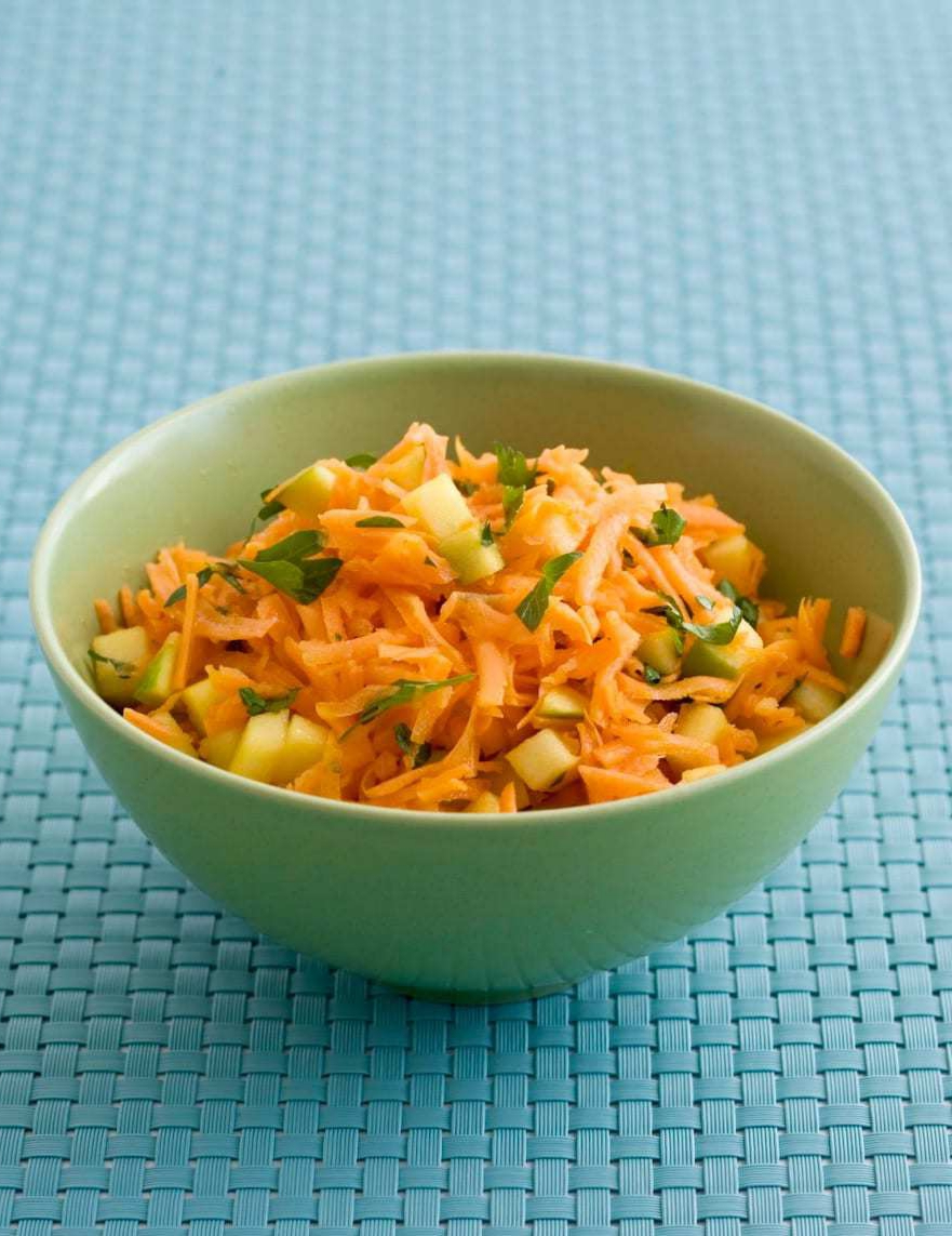 shredded-carrot-salad-with-apple-and-lime