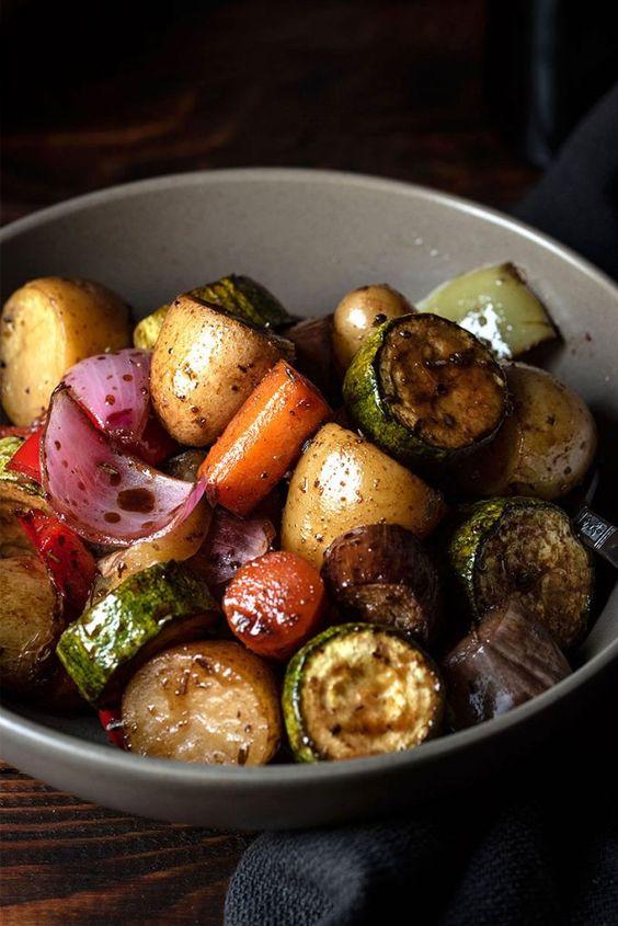 balsamic-glazed-roasted-vegetables